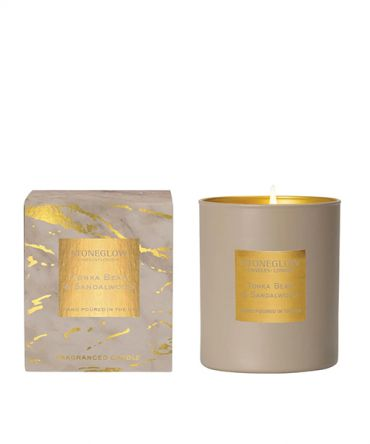 Луксозна ароматна свещ за подарък Тонка боб и Сандалово дърво.