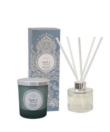 Комплект за подарък ароматизирана свещ и дифузер с аромат на ванилия и кокос