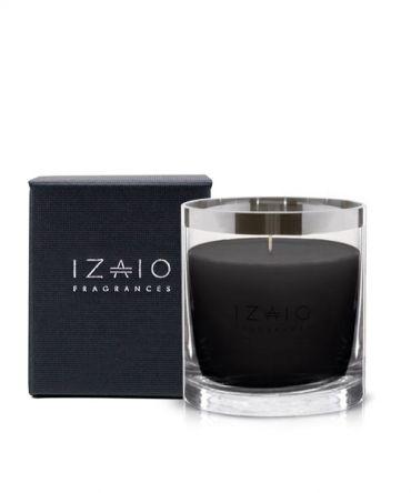 Луксозна ароматна свещ IZAIO Fragrances в кутия за подарък, произведена в Белгия