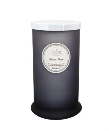 Висока ароматна свещ в цветно стъкло и натурални аромати Clean Slate