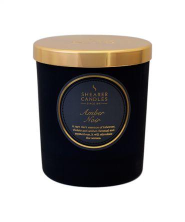 Аромата свещ Amber Noir, подходящ подарък за мъже